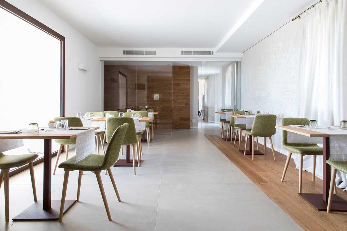 Zona bar e sala colazioni
