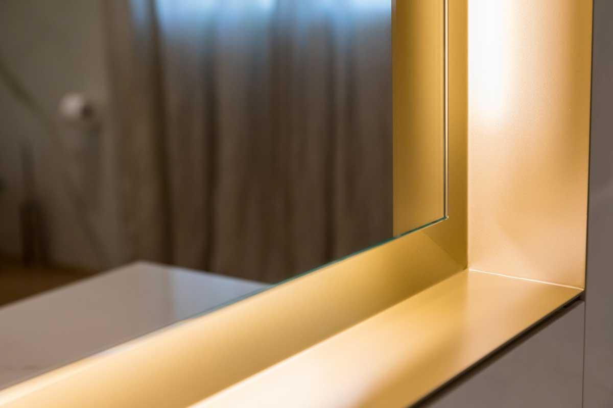 Bagno - Dettaglio specchio